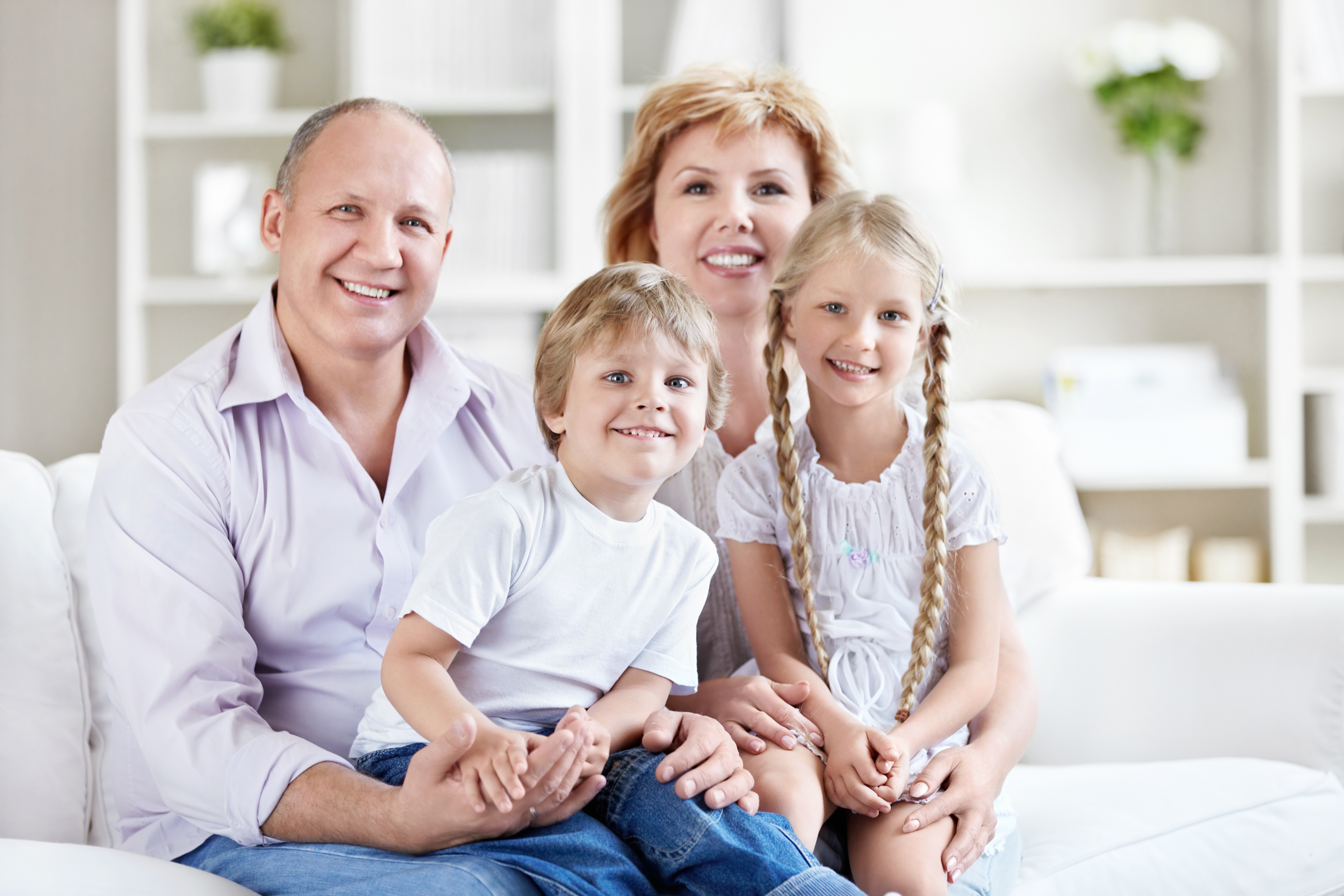 What types of permanent life insurance are available ...